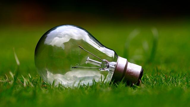 light-bulb-984551_640